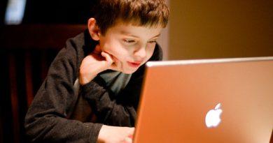 Алармантно-Зошто на децата треба да им се ограничи времето со електронски уреди!
