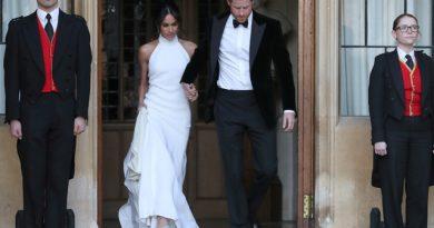 Меган облече друг фустан за свадбениот прием