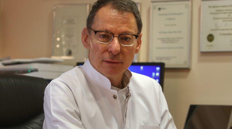"""""""Вакцината е првиот и најдобриот начин за заштита во сезоната на вируси"""" – Интервју со д-р Дејан Докиќ – пулмолог"""